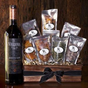 Red Wine Treat with Dry Fruit and Nuts Gift Hamper