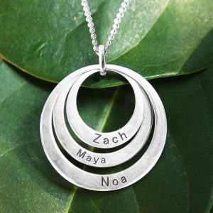 Tri-Circle personalised pendant