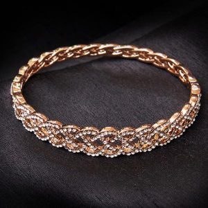 Lattice rose gold bracelet