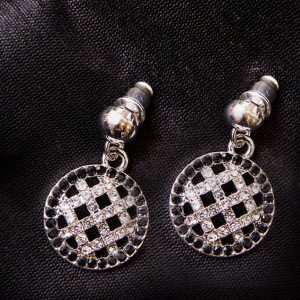 Silver plated monochrome circle earrings